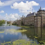 Het Binnenhof en de hofvijver