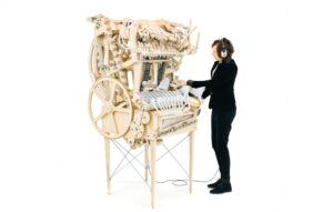 De Marble Machine bespeelt door Martin Molin.