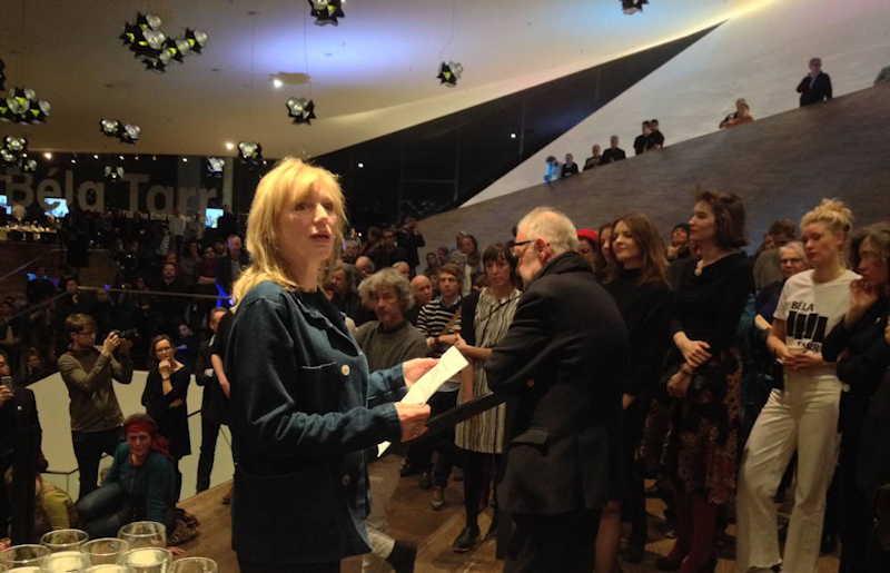 Johanna ter Steege leest manifest Béla Tarr